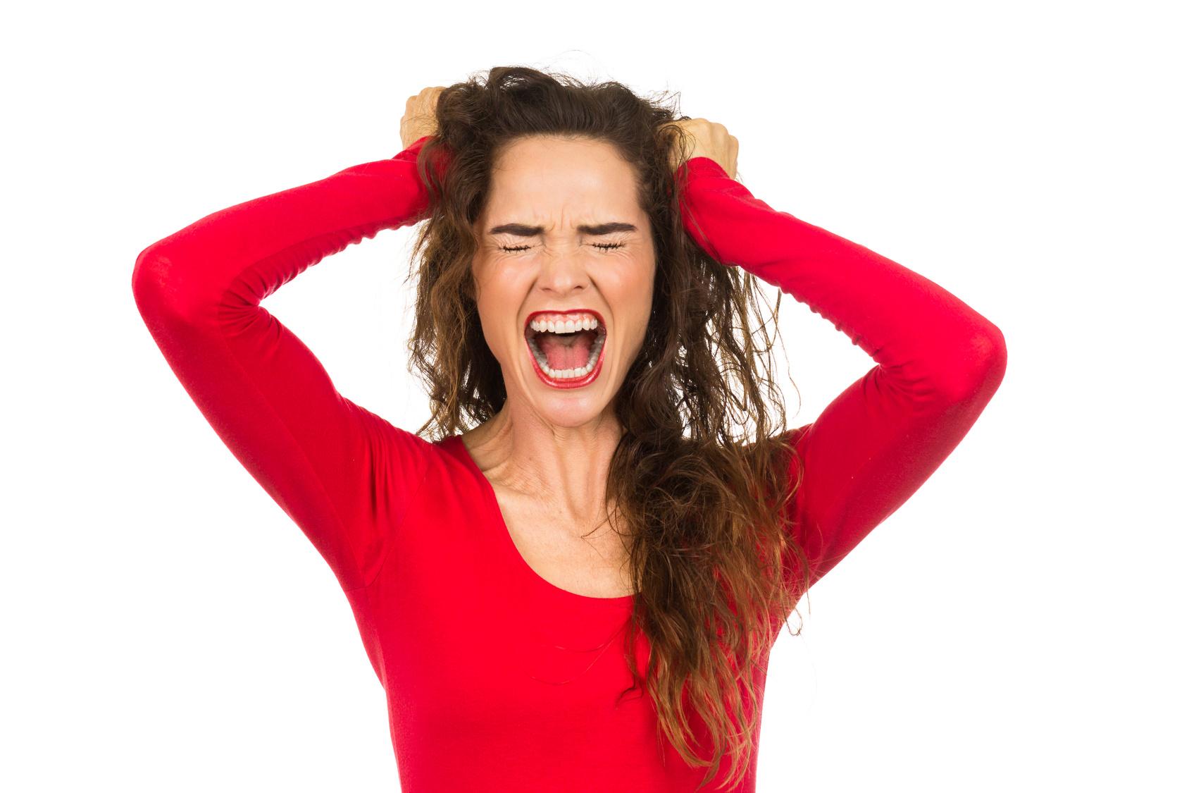 immagine donna stressata cortisolo elevato